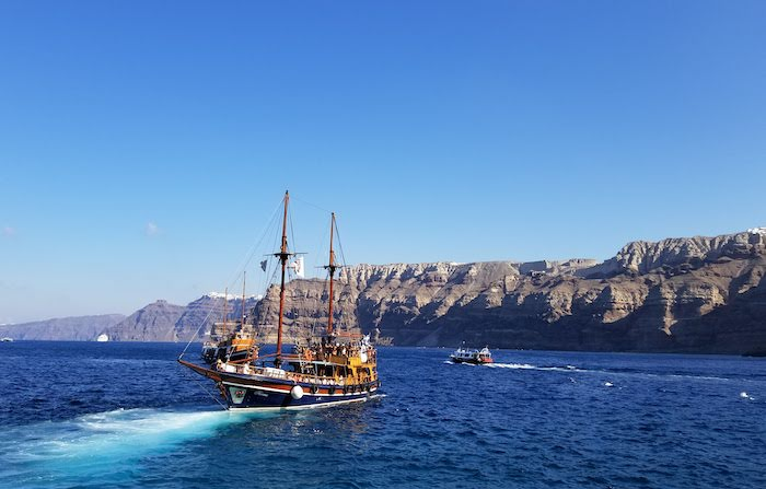 Top 5 Things to do in Santorini, Greece - Take a cruise
