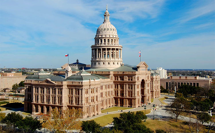 The Top 5 Free Things To Do In Austin - Tour the capital