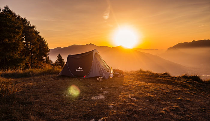 Top 5 Camping Tips For First-Timers - Arrive early at the campsite