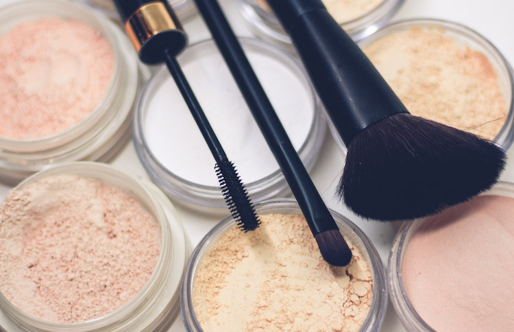 Top 5 Must Try Cruelty Free Cosmetic Brands - Raphael Lovaski