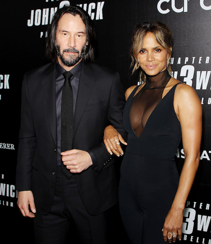 op-5-New-Celebrity-Love-Relationships-Keanu-Reeves-Halle-Berry