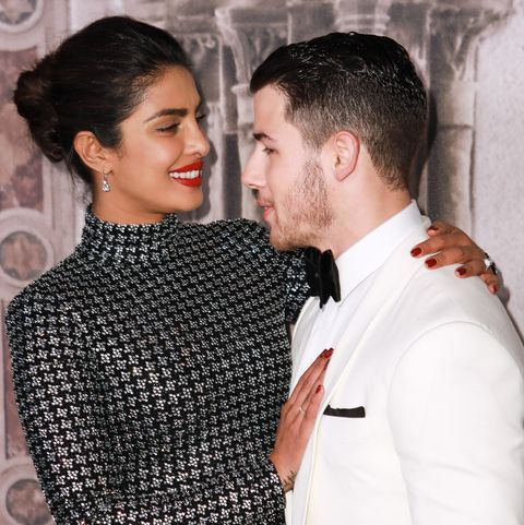 Top 5 New Celebrity Love Relationships - Rriyanka Chopra Nick Jonas