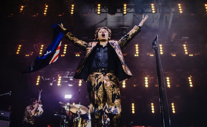 Top 5 Outfits Harry Styles Wore On His 2018 World Tour - Melbourne