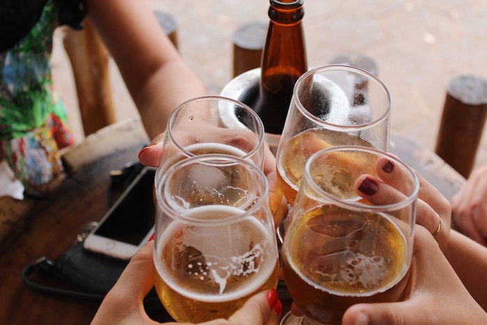 Top 5 Tips For Living Healthier In College - Dont drink too much