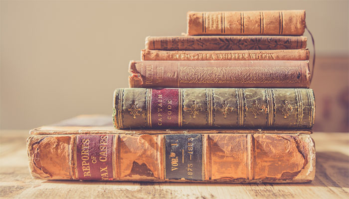 Top 5 Unique Souvenirs To Buy When Traveling - Rare Books