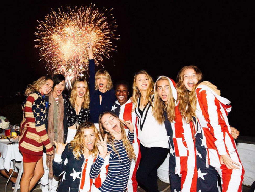 Top-5-Wildest-4th-Of-July-Outfits---taylor-swift