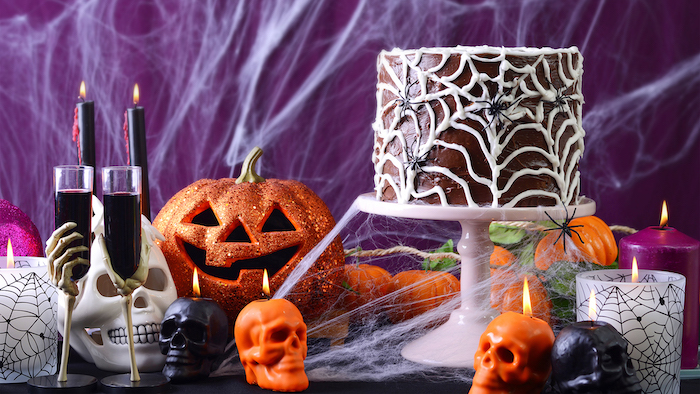 Top 5 Fun Fall Activities to do with Your Friends - halloween party