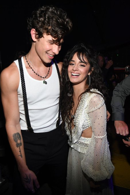 Top 5 Couple Group Halloween Costumes - mendes camila
