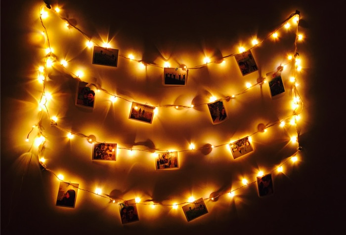 Top 5 Inexpensive Ways to Decorate Your Dorm - collage wall