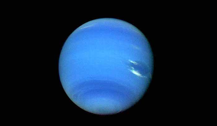 Top 5 Wildest Weather Phenomena in the Universe - Winds on Neptune