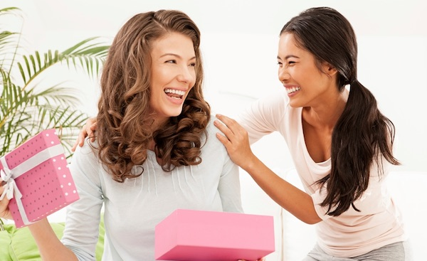Top 5 Reasons Why You Should Celebrate Galentine's Day - Give Your Friends Gifts
