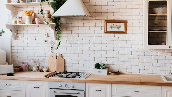 Top 5 Tips to Make the Most Out of a Small Kitchen