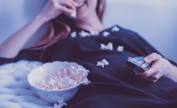 Top 5 Ways to Celebrate Valentine's Day When You're Single - Watch A Movie