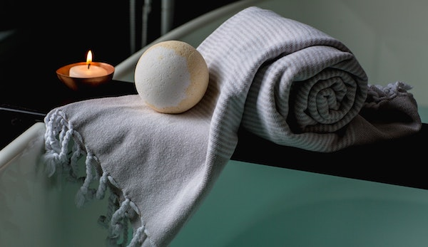 Top 5 Ways to Celebrate Valentine's Day When You're Single - spa day