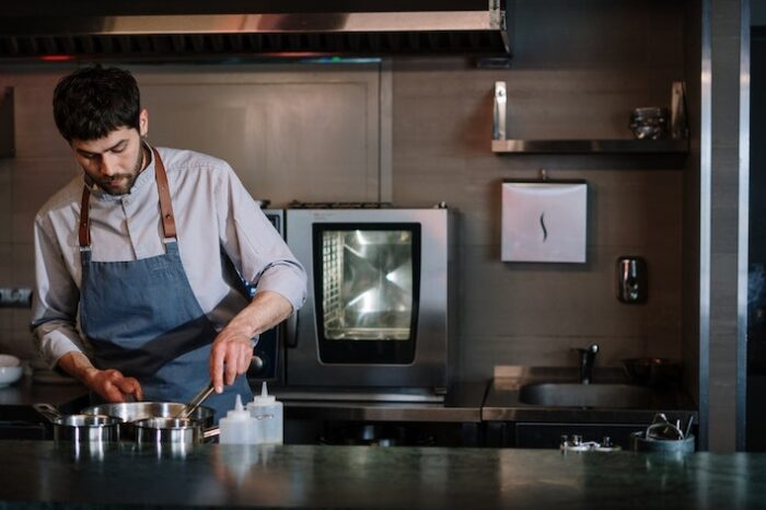 Top 5 Things to Expect as a Line Cook