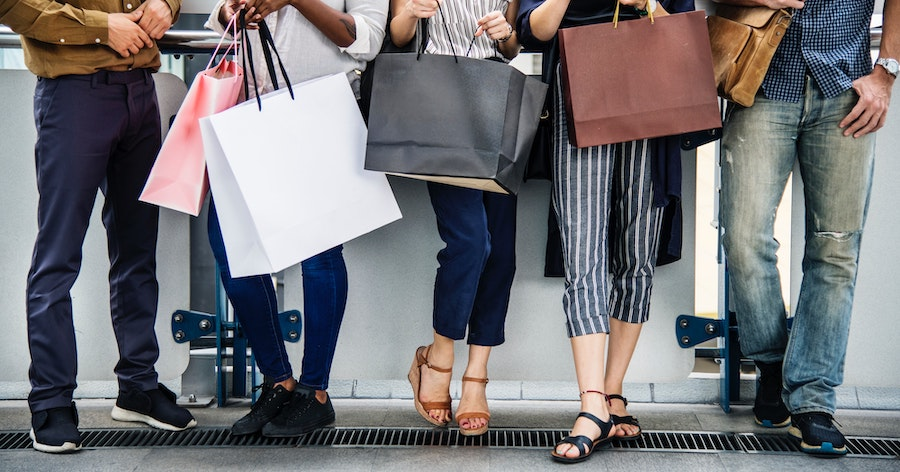 Top 5 simple ways to resist Fast Fashion