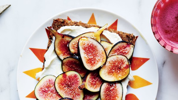 Top 5 Recipes for the Fall Harvest Season - sweet and salty figs toast