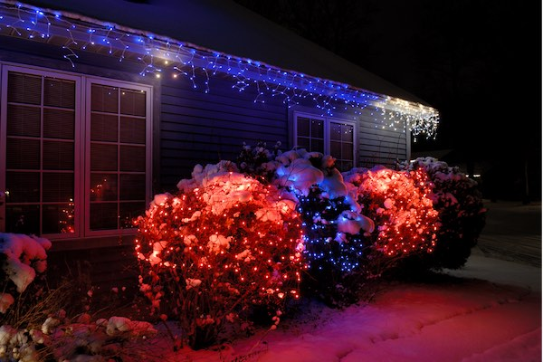 Top 5 Ways To Decorate Your House For The Holidays - Lights