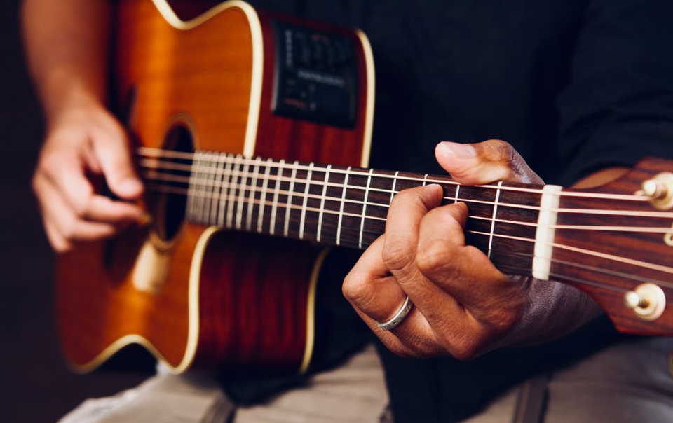 Top 5 YouTube Channels for Beginners Guitarists