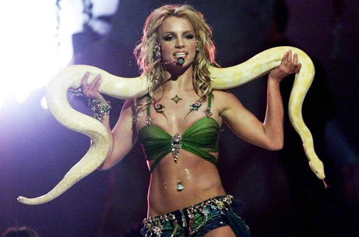 britney-spears-vmas-mtv-slave-billboard-1548