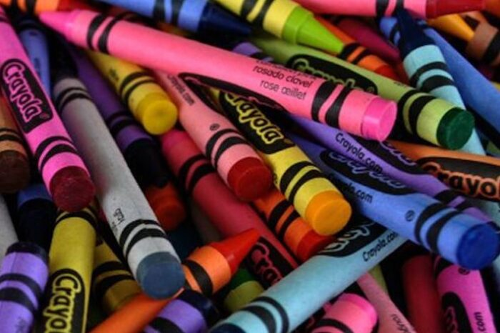 Top 5 Retired Crayola Crayon Colors