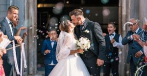 Top 5 Traditions Rarely Done At Modern Weddings