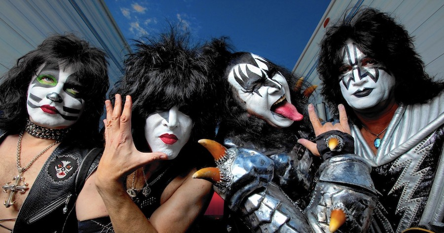 Top 5 early experimental looks of the rock band KISS