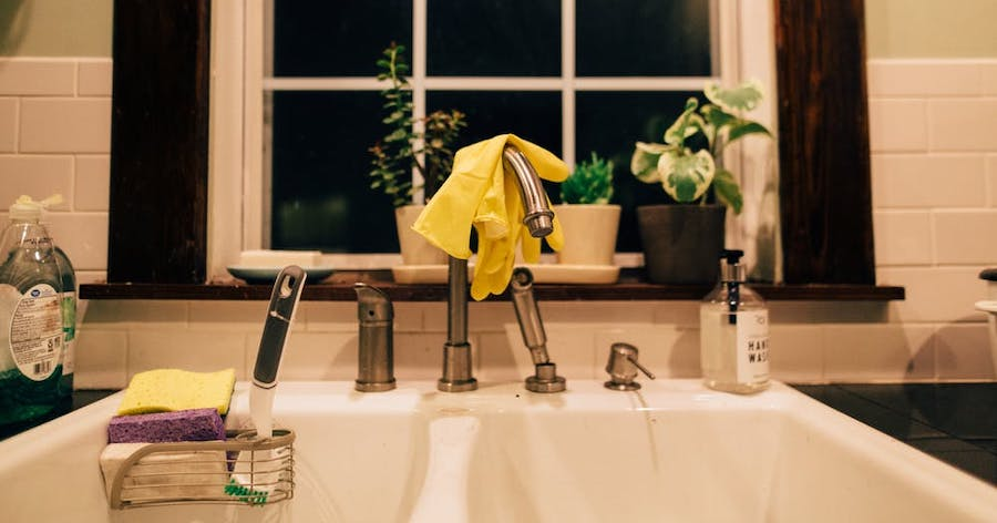 Top 5 Essentials to Have Under Your Kitchen Sink
