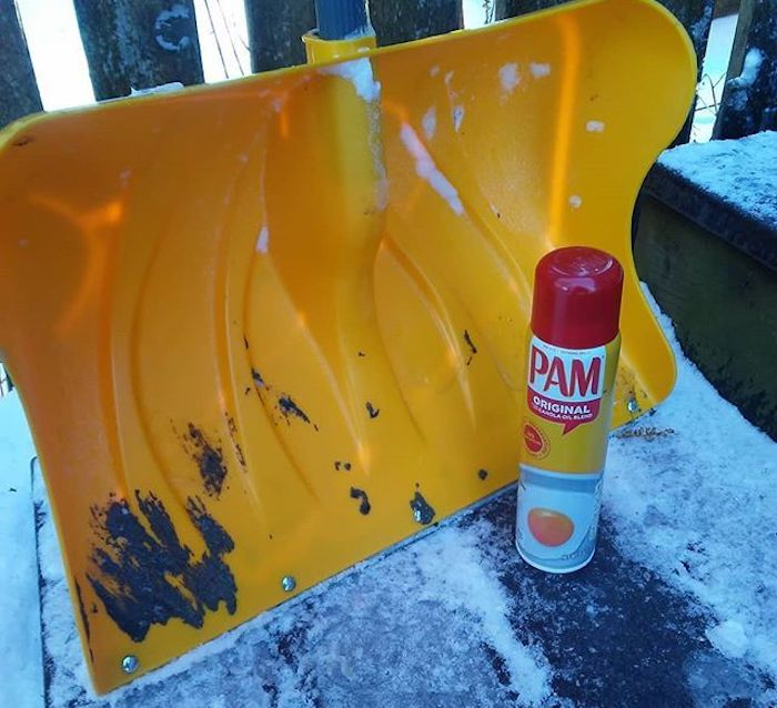 Top 5 Life Hacks for Dealing with Snow - Cooking Spray