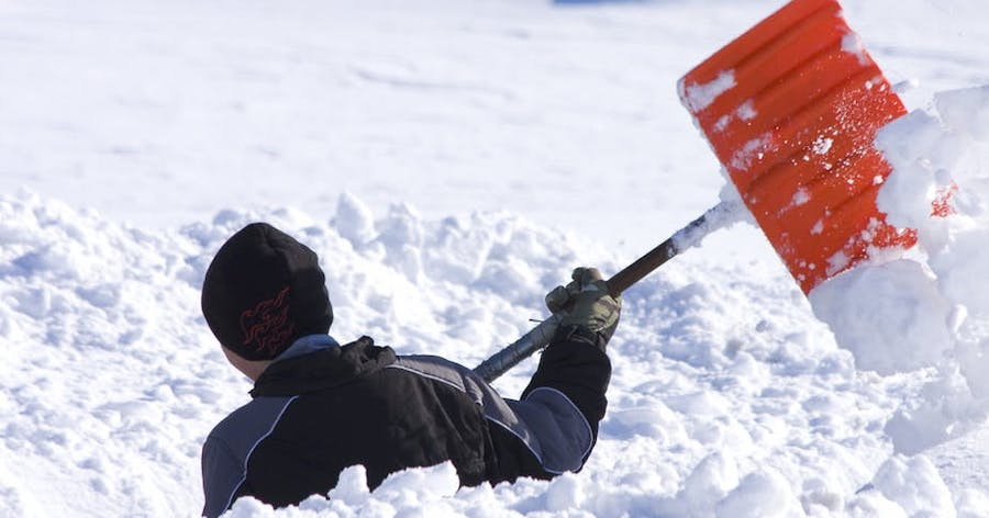 Top 5 Life Hacks for Dealing with Snow