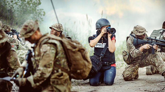 Top 5 of the Most Dangerous Jobs to Have - War Correspondent