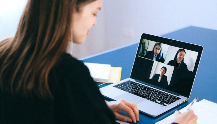 Top 5 Ways to Make the Most of Your Virtual Internship - Virtual Meetings