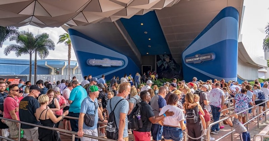 Top 5 Ways To Avoid The Long Lines In Disney World