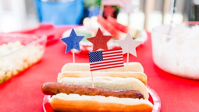 Top 5 Ways To Celebrate The 4th Of July - Cookout