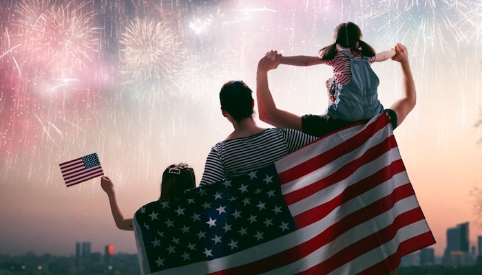 Top 5 Ways To Celebrate The 4th Of July - Watch : Set Off Fireworks