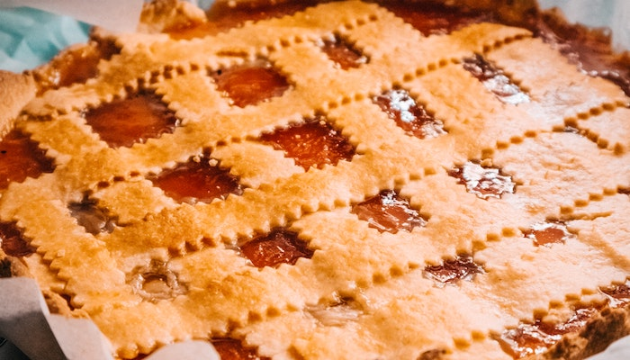 Top 5 Apple Themed Foods to Indulge in This Fall - Apple Pie