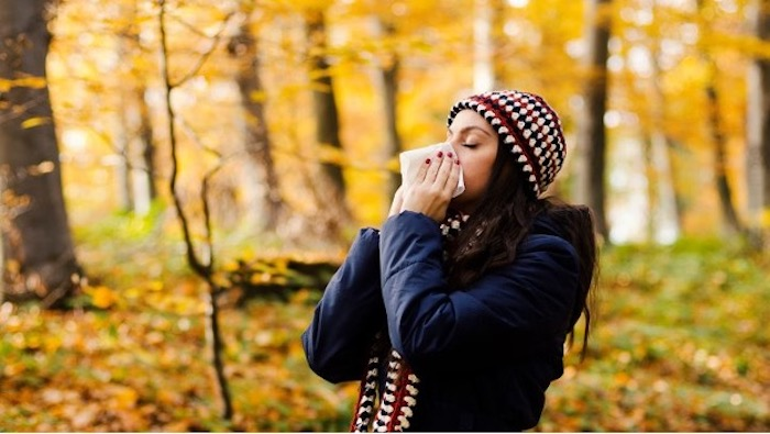 Top 5 Thoughts You Have In Between Summer and Fall - I can't tell if this is a cold or allergies