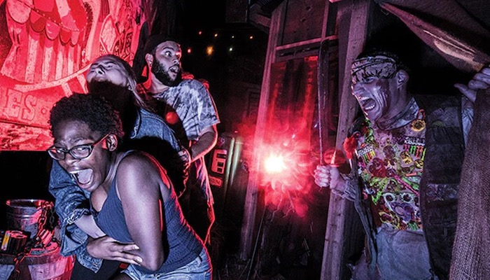 Top 5 Spooky Dates To Go On With Your Boo - Halloween Horror Nights